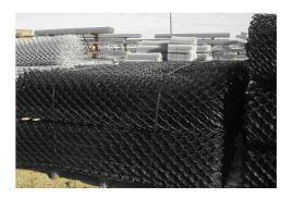 PVC Coated Chain wire mesh, 60mm diamond x 2.5mm diam hot dip galv wire